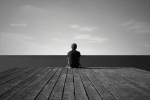 La soledad emocional, sus riesgos y tips para superarla