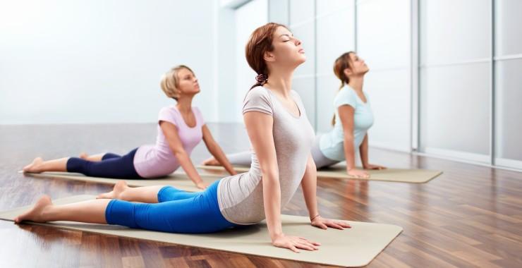 12 beneficios del yoga en tu salud física y mental