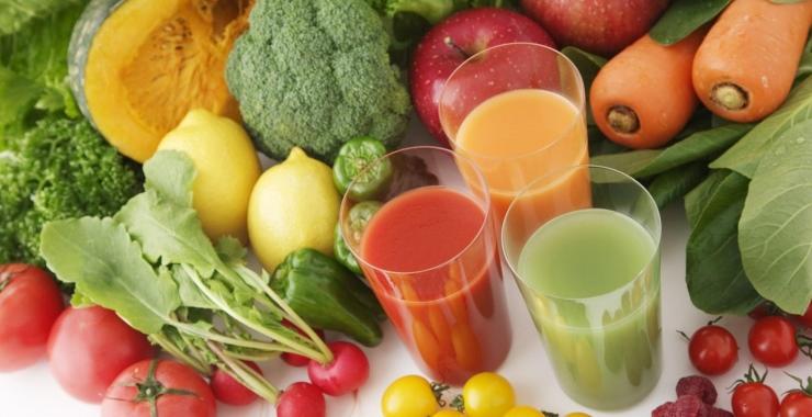 La cocina de la felicidad: ¿Conoces los beneficios de los famosos jugos detox?