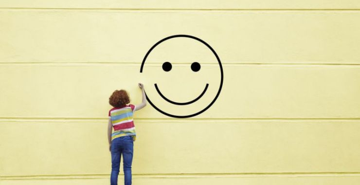 sonreír y ser feliz