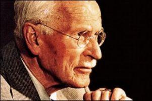 La teoría de Carl Jung sobre la psique y sus frases más conocidas