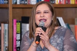 Entrevista a: Jeanette Salvatierra-Tuestima-Entrevistas
