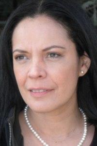 Entrevista a: Victoria Robert-Tuestima-Entrevistas