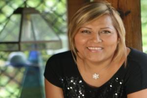 Entrevista a: Carla Acebey de Sánchez -Tuestima-Entrevista
