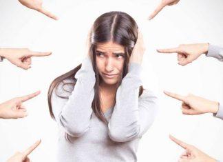 Deja de criticarte. Nada es más importante, que cómo te sientes y piensas sobre ti mismo